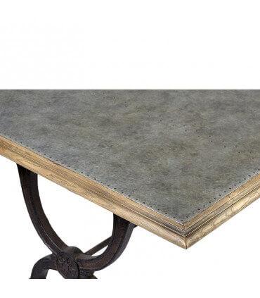 Mesa de metal y madera