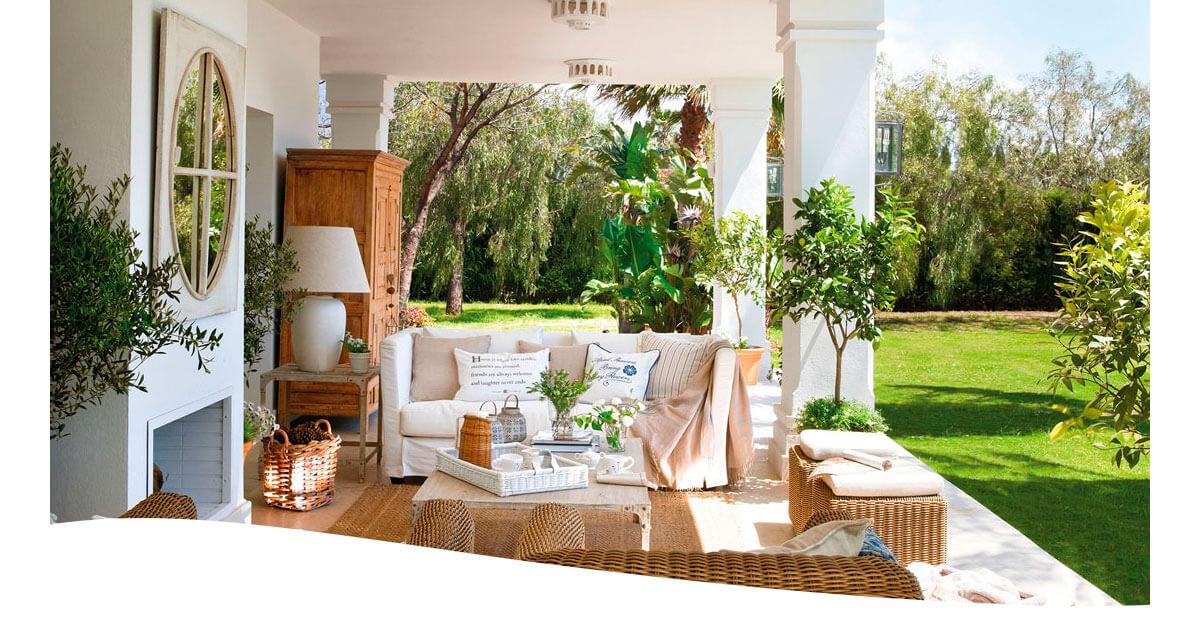 Muebles de Interior en el jardin