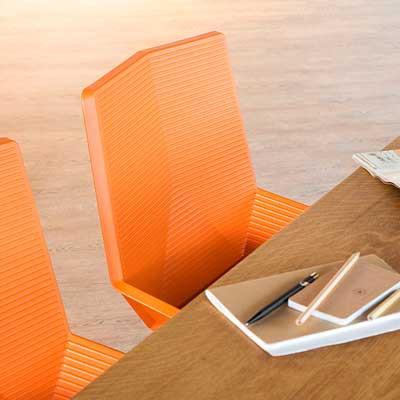 Sillas de Diseño - El material es esencial en las sillas de diseño